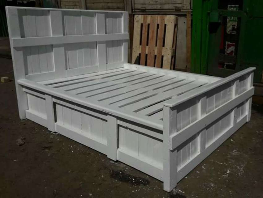 5 by 6 pallet bed 0