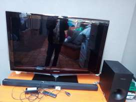 "40""Samsung TV & Sound bar Samsung"