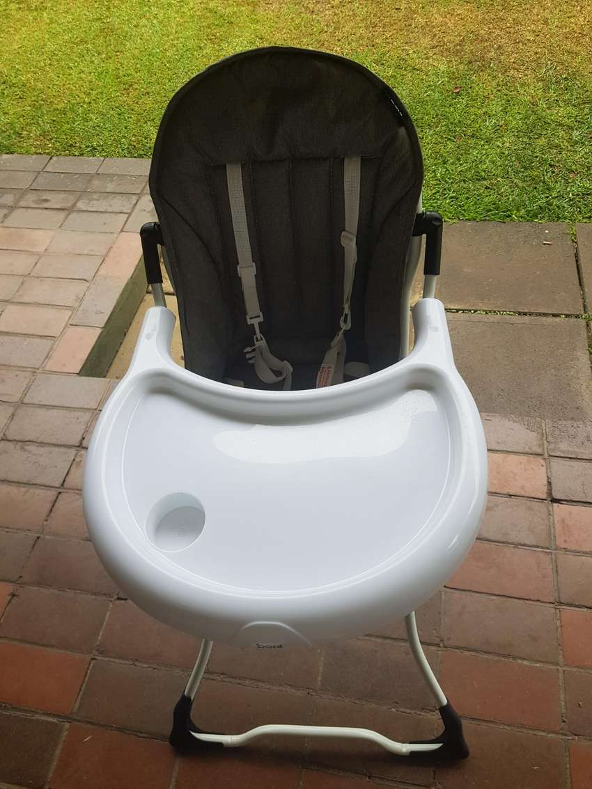 Feeding chair for sale 0