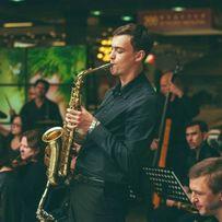 Музыкант саксофонист на свадьбу, торжество,корпоратив.