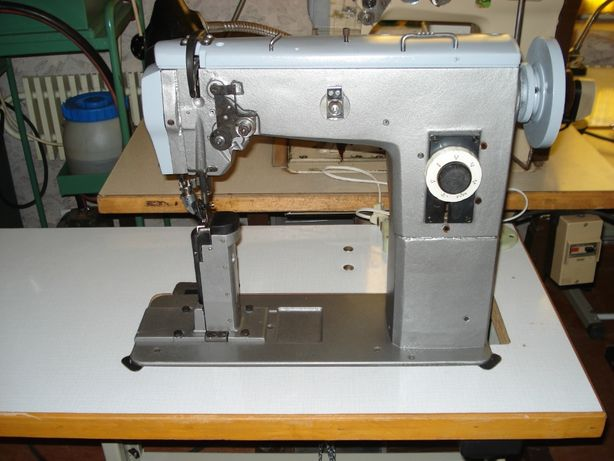 Швейная машина 332 кл обувная колонок, 330 кл