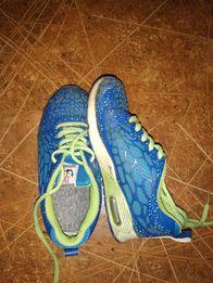 Продам кроссовки, 33 размер