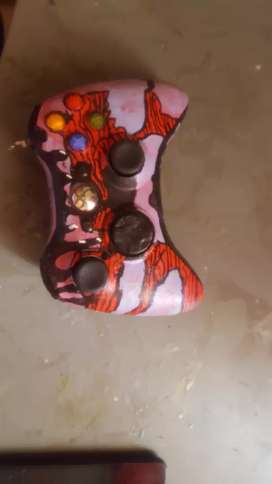 selling xbox 360 costem controler
