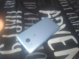 Huawei y3 working fine just minor small crack