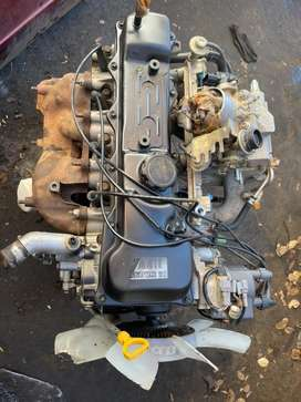 TOYOTA 1RZ ENGINE AND GEARBOX FOR SALE AS A COMBO