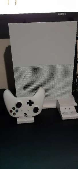 Xbox one S 1TB console(stand not included)