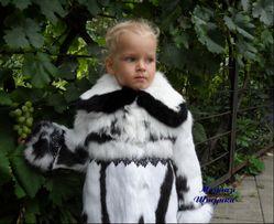 Детская шуба ,мод ..Кокетка,,Натуральный мех кролик . Белая с кружевом