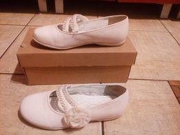 Buty dla dziewczynki do Komunii