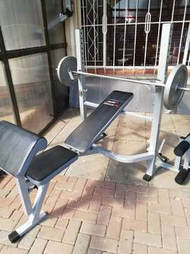 Trojan Amour 500 bench can be use as a squat