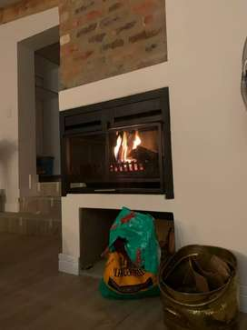 Built-in Braais & Fireplaces