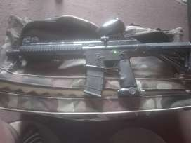 BT paintball gun complete with all accessories
