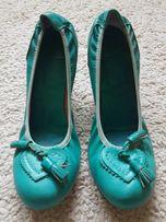 Venezia buty damskie na koturnie 38