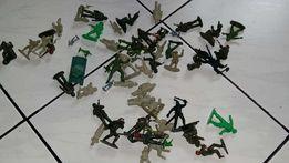 Żołnierzyki -50 szt