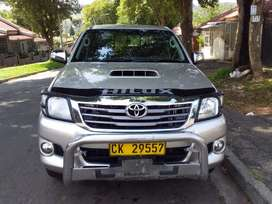 2014 TOYOTA HILUX DOUBLE CAB WITH AN ENGINE CAPACITY OF 3,0