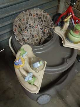 Alot of baby stuff sell all together at bargain price