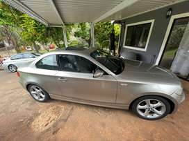 I'm selling my 2009 bmw 125i coupe