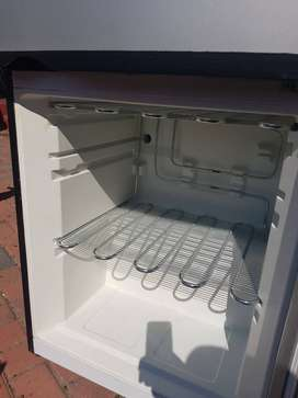 Kic fridge freezer perfect condition