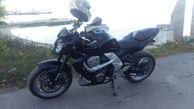 Разборка Kawasaki Z750