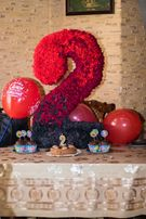 Аренда 3Д Двоечки на День Рождение, а так же ростовые цветы на прокат