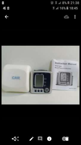 New mobile blood pressure and heart rate monitors