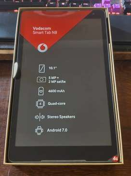 New Android tablet (Vodacom smart tab N8) with keyboard
