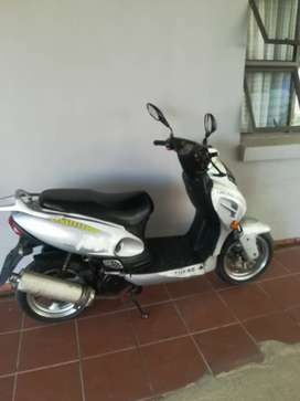 2013 Automatic scooter