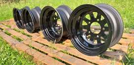 Land rover series 15inch steel rims