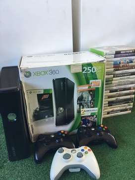 Xbox 360 with 22 games