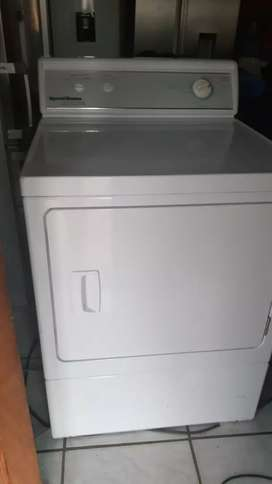 Speed queen extra large capacity 8.2kg tumble dryer.