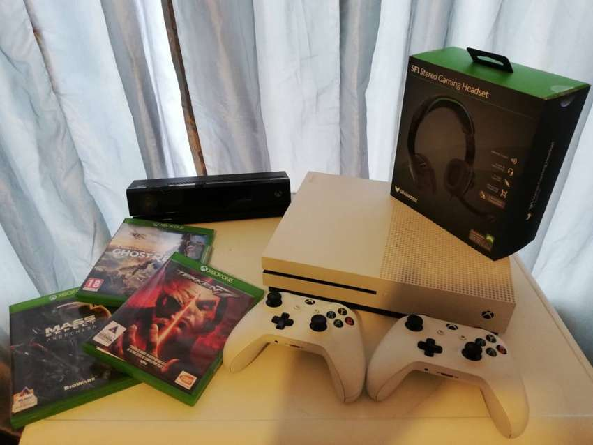 Xbox One S and EXTRAS for SALE 0