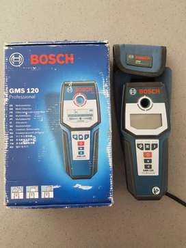 REDUCED Bosch professional wall scanner. R1450