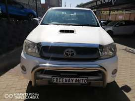 TOYOTA HILUX DOUBLE CABE