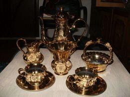 Золотой чайный фарфоровый сервиз на 5 персон