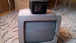 Телевизор Roadstar.