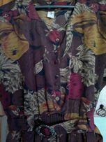 Сочное плодово-цветочное платье цвета какао. Разм.50.