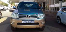 2009 MODEL TOYOTA FORTUNER MANUAL 3.0 D4D 4X4