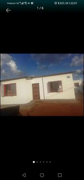 House for rental available at seshego Ext 73 next to Madiba Park