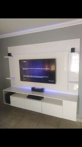 Stunning luxurious gloss floating tv stands