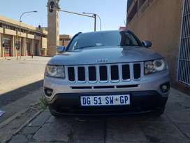 2014 Jeep Compass Limited 2.0 with leather seats