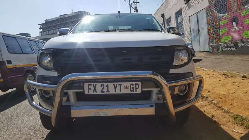 2015 Ford Ranger  XLT double  cab 3.2 D 6speed gear 0