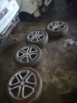 2017 Mercedes benz Aclass 17inch mags and Tyres for sale R7500