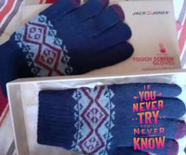 Touch Screen Friendly Winter Gloves