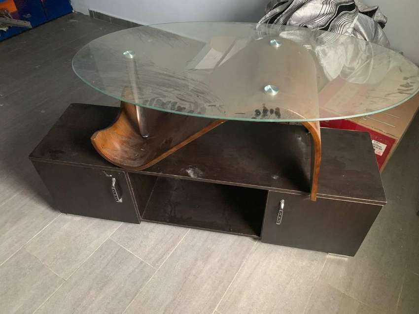 Tv stand its sold just the table remaining 0