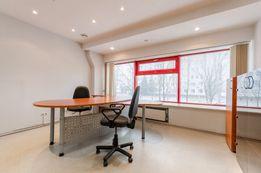 Сдам офис 33 кВ на Петровке, ремонт, мебель, метро -2 мин! 2 кабинета!