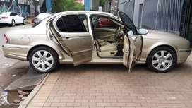 Accident Free 2005 Jaguar X-type 2.0  137, 000km   LIBERTY AUTO