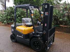 LIUGONG 2 TON DIESEL FORKLIFT SPECIAL!!