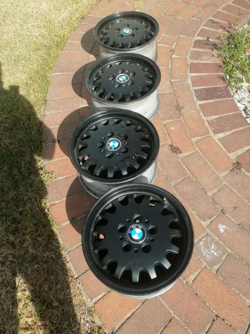BMW mag rims 15 inch available. 325.