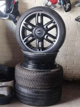 Complete set of rims with tyres for mini cooper