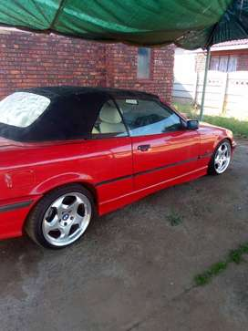BMW E36 328i 2 Doors Carbrollet