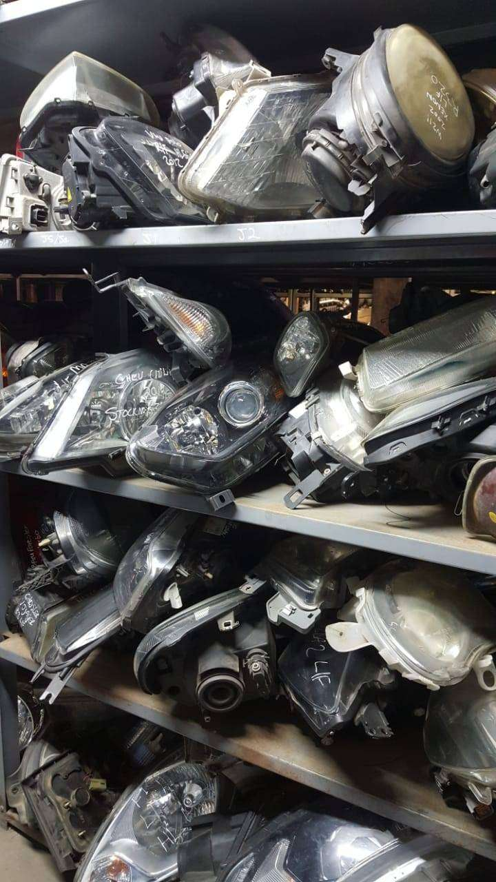 Headlights for sale for most vehicles make and models